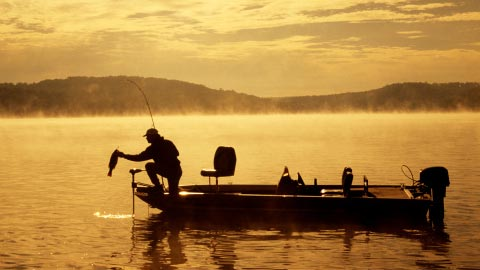 pic-lakes-fishing-scene[2]